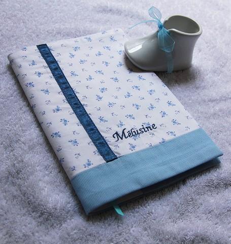 je-cree-mon-cadeau_protege-carnet-sante-melusine