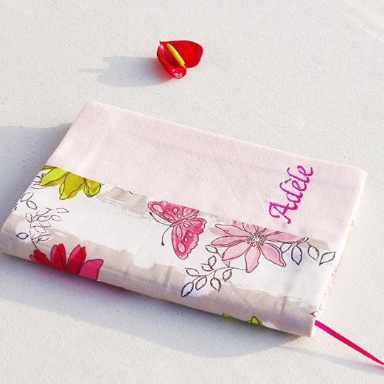 Housse carnet sante fleurs